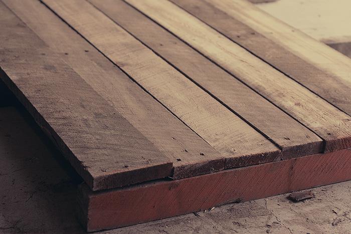 Il tavolo rustico for Tavolo rustico legno