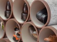Scarpiera fai da te realizzata con tubi in PVC